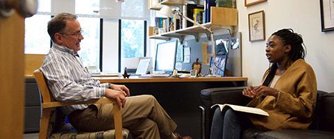 Advising - Professor David Wilcove with student