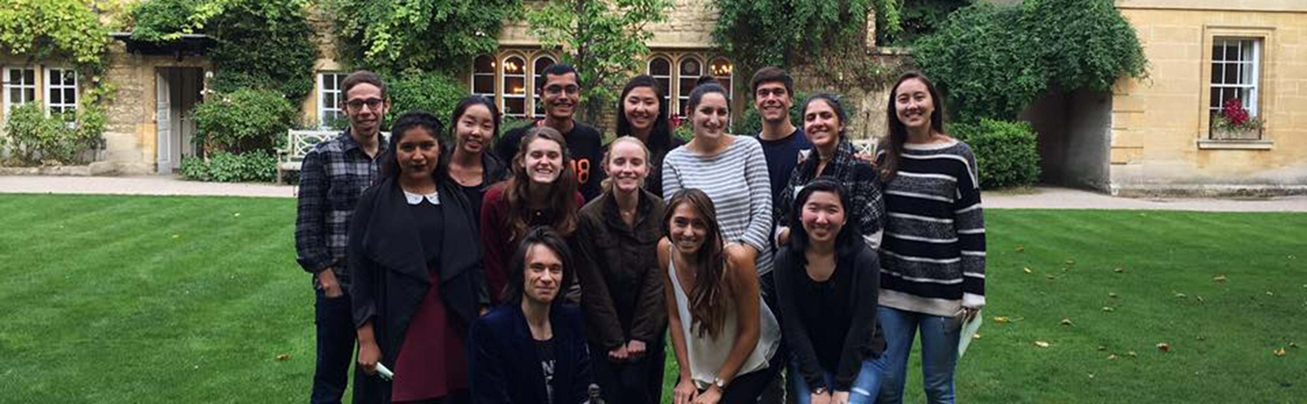 Study Abroad Programs - students at Oxford, England
